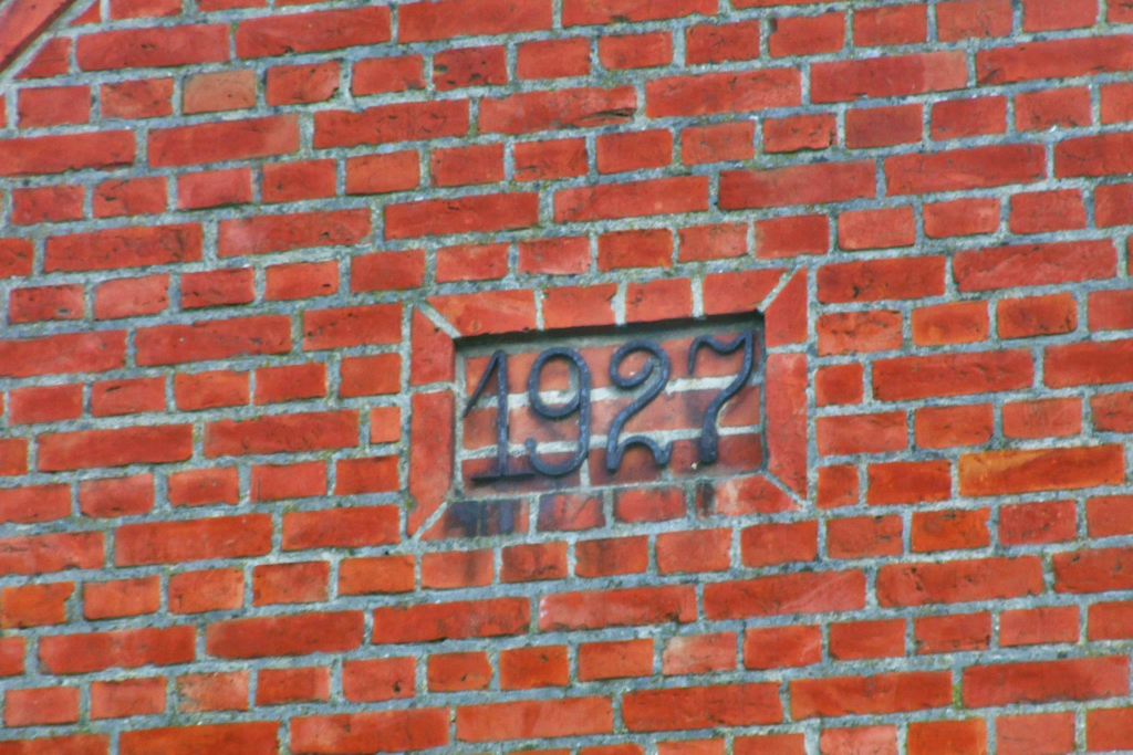 Building – the date